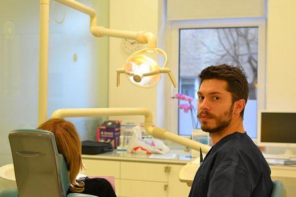 Dr. Alex Popa